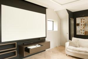 Salon et salle de projection tout confort